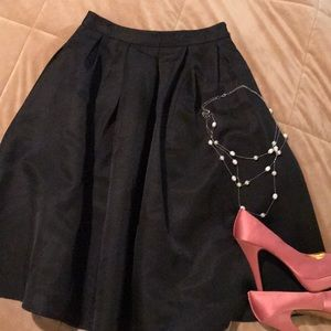 Dresses & Skirts - Pleated Party Skirt!